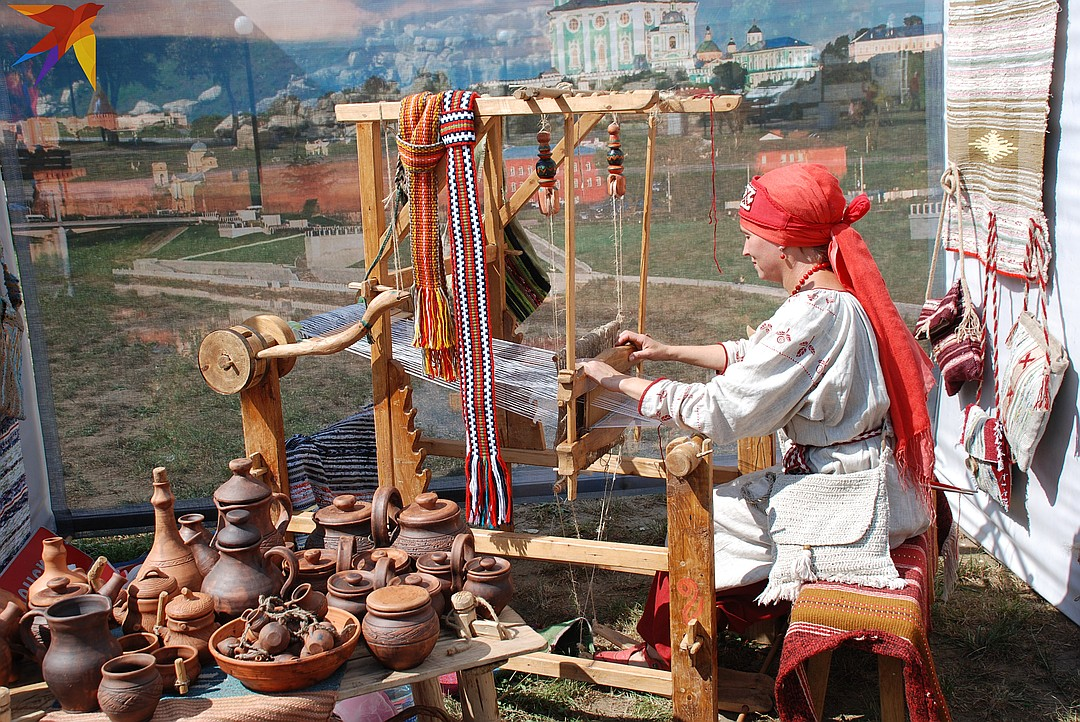 Ремесленник – человек, который занимается ручным производством вещей