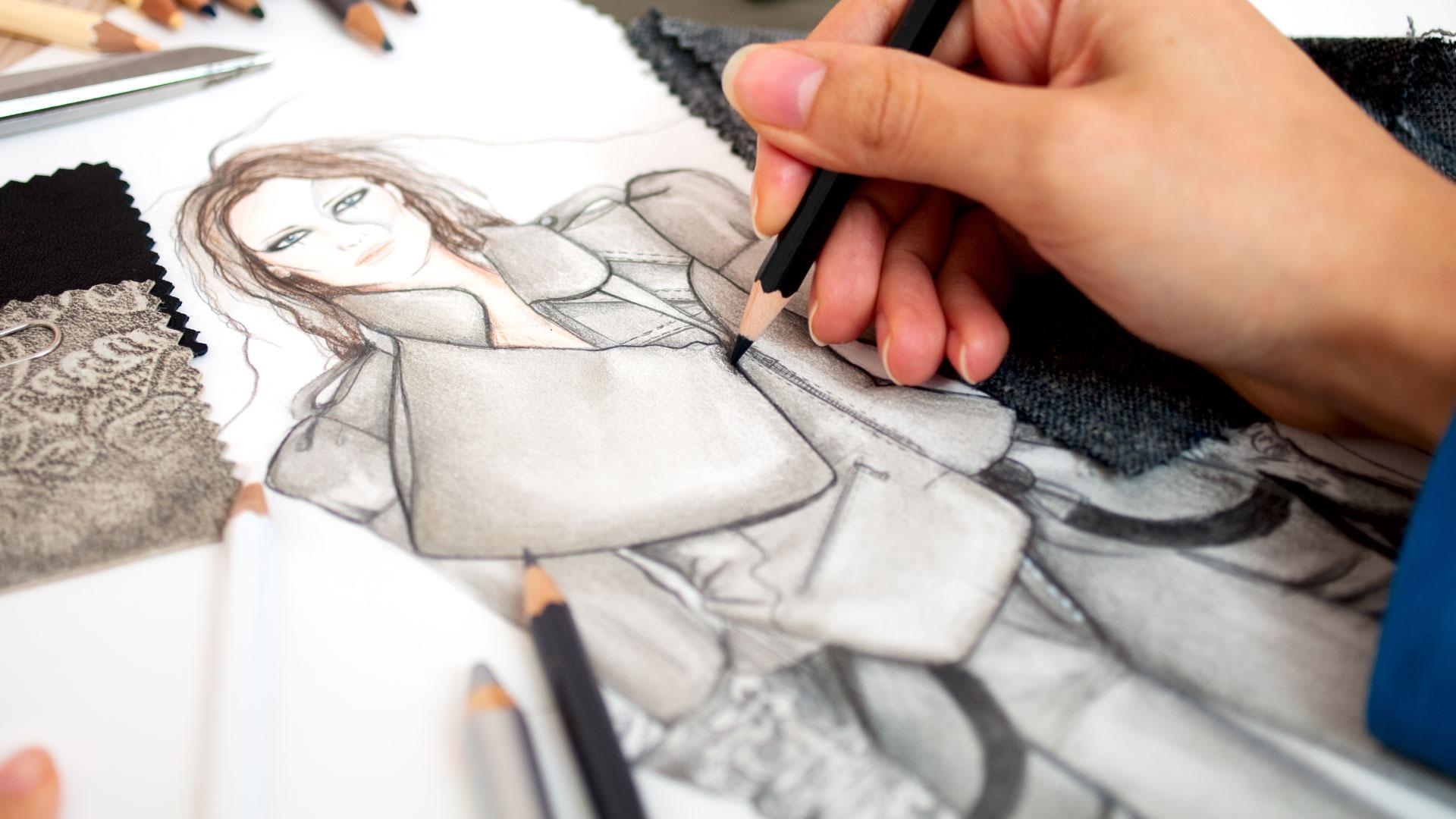 Работа над новыми фасонами одежды – процесс, который невозможен без тонкого вкуса, знаний, нестандартного мышления
