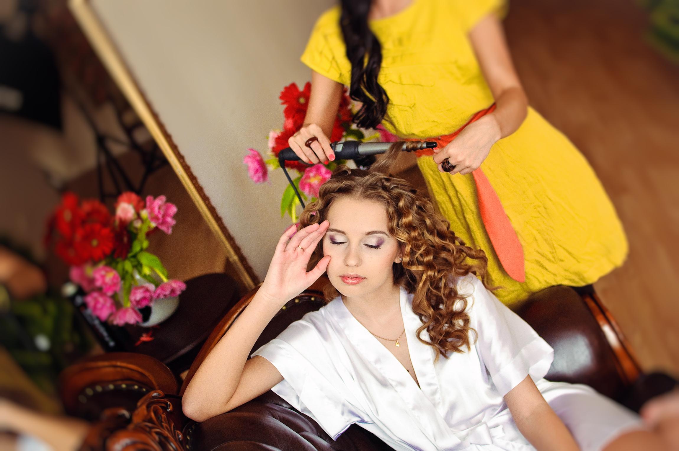 Сегодня парикмахеры славятся своим искусством, как и раньше