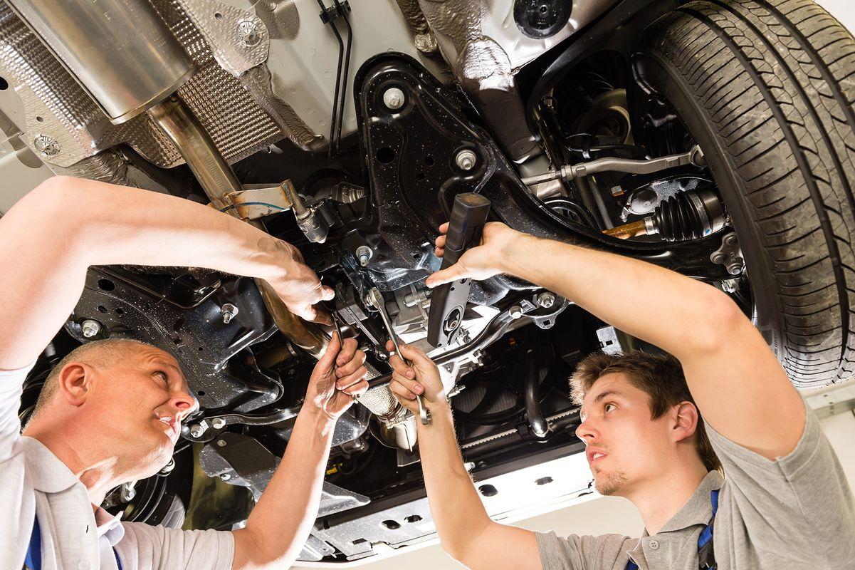 В России насчитывается 42 миллиона автомобилей, которые регулярно требуют ремонта и техосмотра