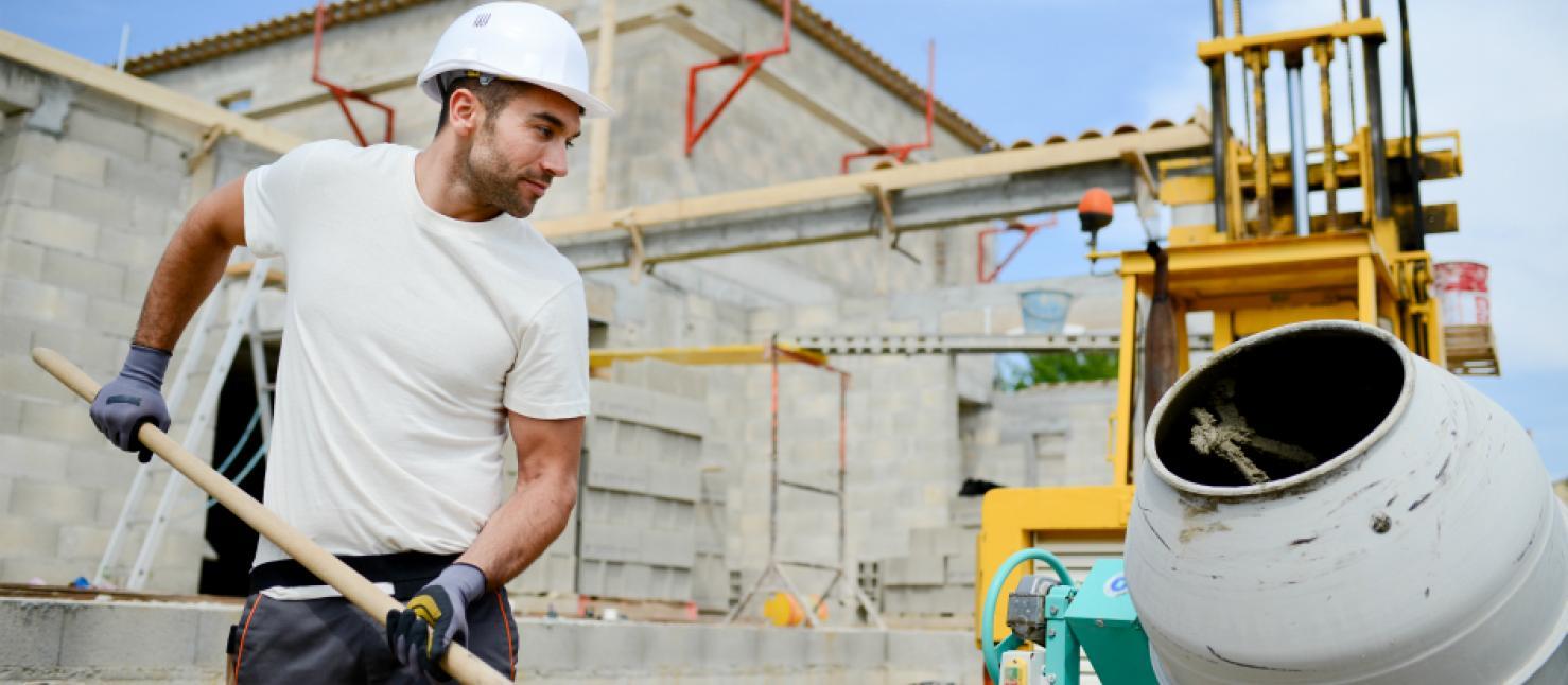 """Название профессии """"бетонщик"""" произошло от названия строительного материала"""
