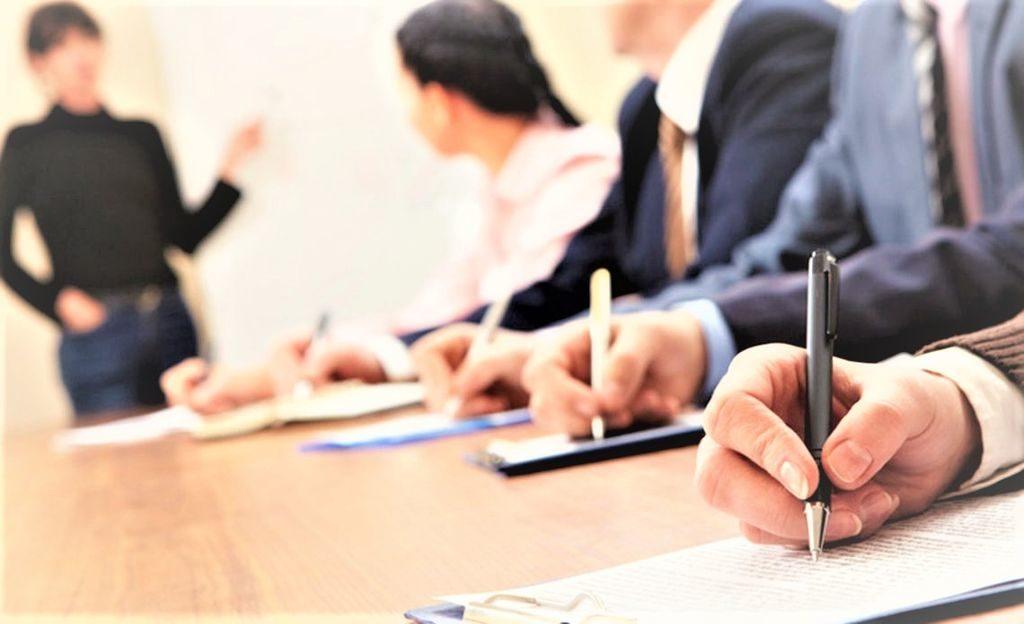 В ходе обучения осваивают как курсы повышения квалификации, так и полностью проходят переквалификацию в этой области