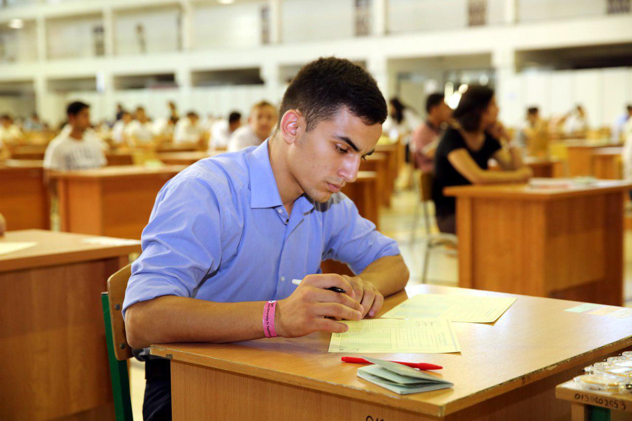 Сдача ЕГЭ обязательна только тогда, когда студент хочет сменить специализацию и поступать на факультет другого профиля
