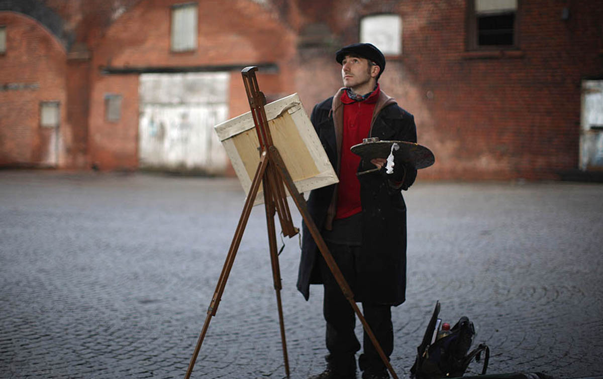 Художник наделен вдохновением и воображением