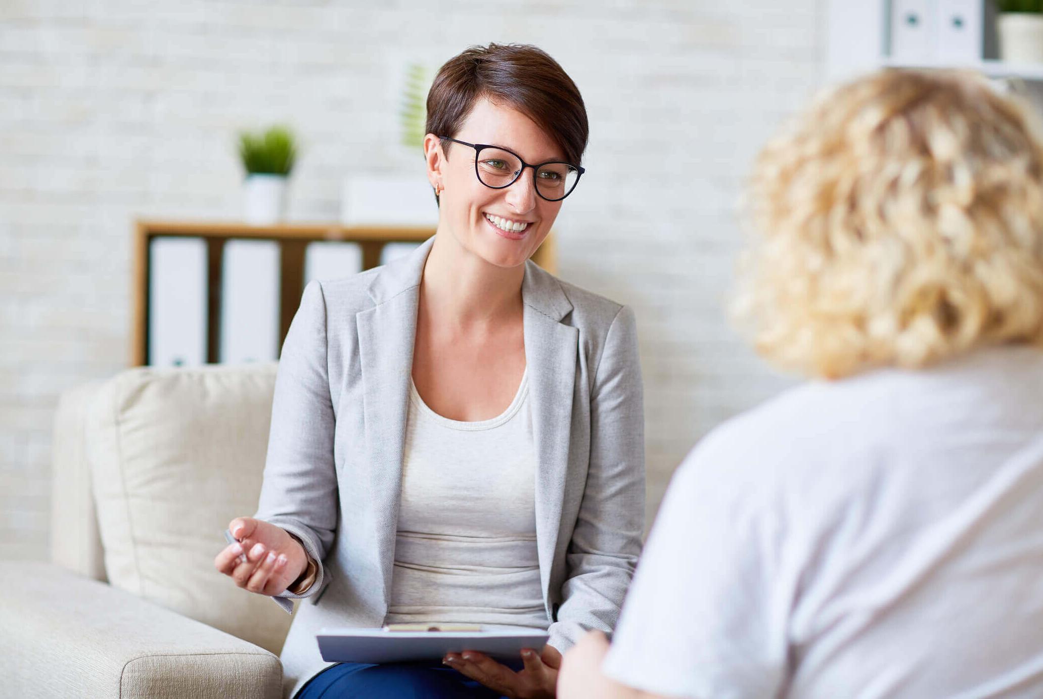Для психолога важно умение располагать людей к себе, вызывать доверие