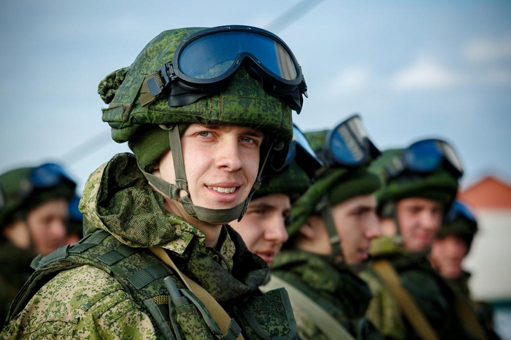 Отслужившие в армии имеют преимущества перед другими абитуриентами в случае набора одинакового количества баллов